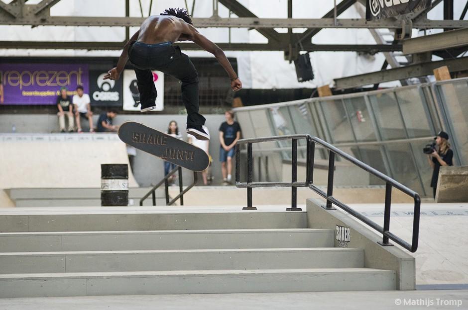 Baker-Deathwish-Demo-Skatepark-Amsterdam-Cyril-Jackson-Fakie-Fs-Flip