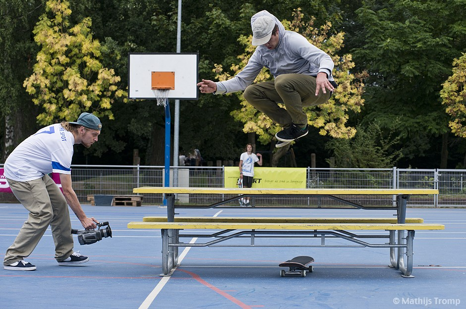 Frisco-Spotthespot-2013-Bob-Zevenbergen-Hippyjump